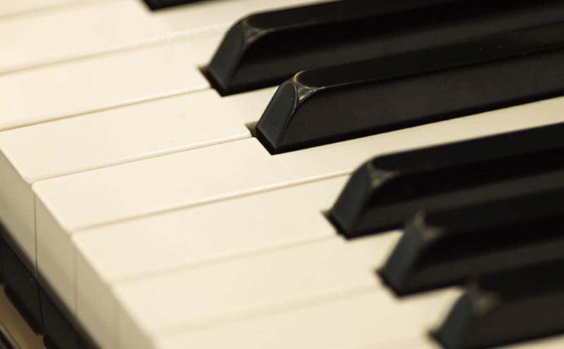 ピアノ生演奏イメージ1