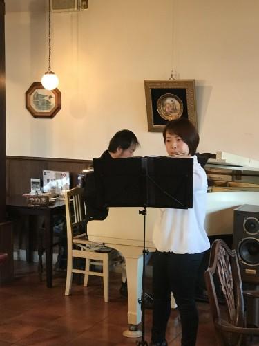 ピアノ & フルート生演奏!イメージ1