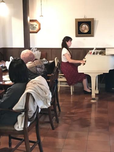 本日ピアノ生演奏!イメージ1