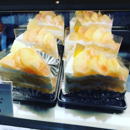 桃のショートケーキ登場!イメージ1