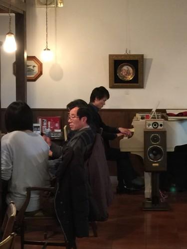 遠藤拓弥さん ピアノ生演奏イメージ1