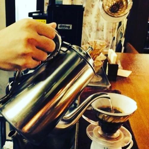 ペーパードリップで淹れる美味しいコーヒーイメージ1