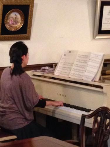 ピアノ生演奏開催しました。イメージ2