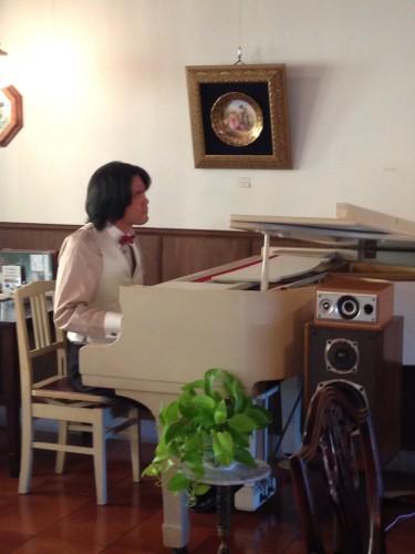 山矢さんのピアノ。イメージ1