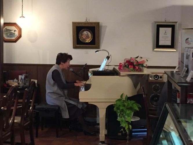 兼松みどりさんピアノ生演奏!イメージ3