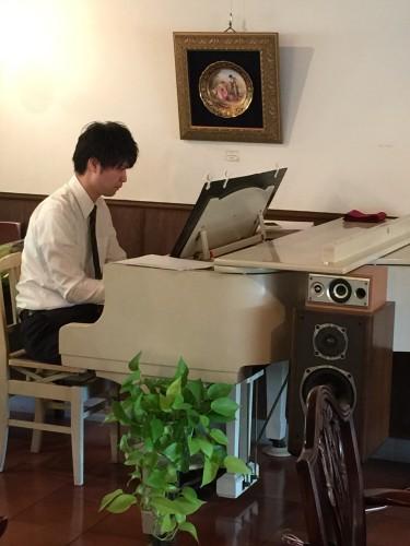 河村飛鳥さんピアノ生演奏イメージ1