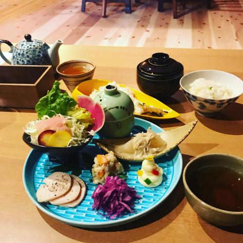 椿カフェさんイメージ1