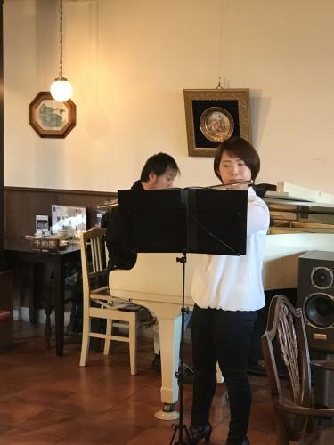 ピアノ & フルート生演奏!イメージ3