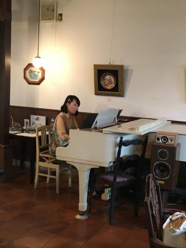 ピアノ生演奏会イメージ1