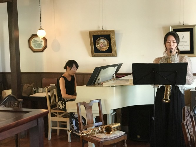 ピアノとサックス!イメージ1