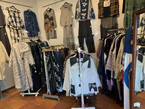 着物リメイクと小物たちの販売展イメージ