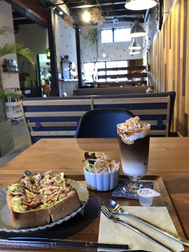 美濃町カフェ巡り「& cafe」さんイメージ1