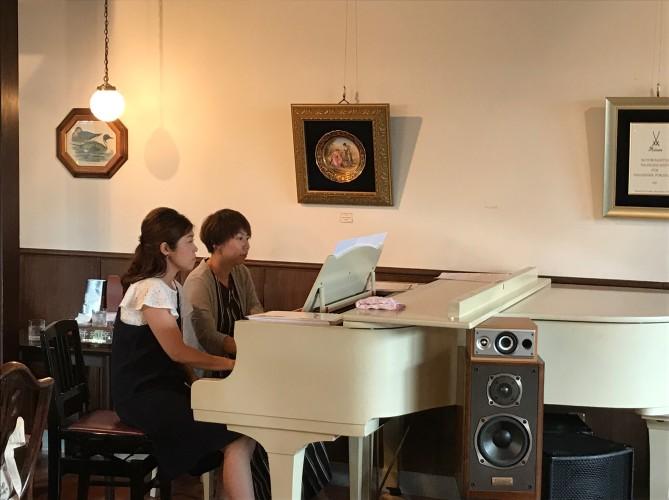 四元さん、有賀さんピアノ生演奏イメージ1
