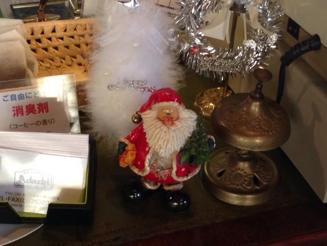 クリスマスの装い①イメージ1