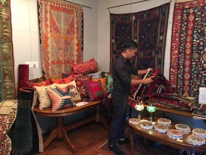 あまりにも素敵なトルコ絨毯。イメージ3